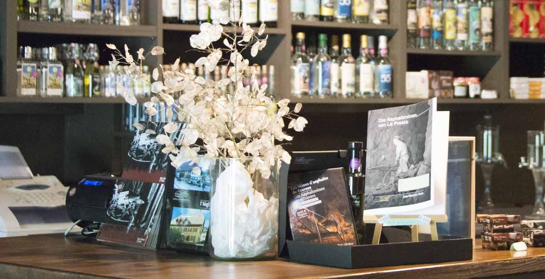Boutique und Shop der Asphaltminen, Val-de-Travers